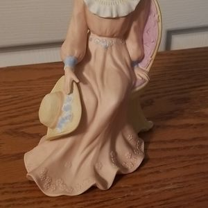 Homco Accents - Homco Porcelain figurine